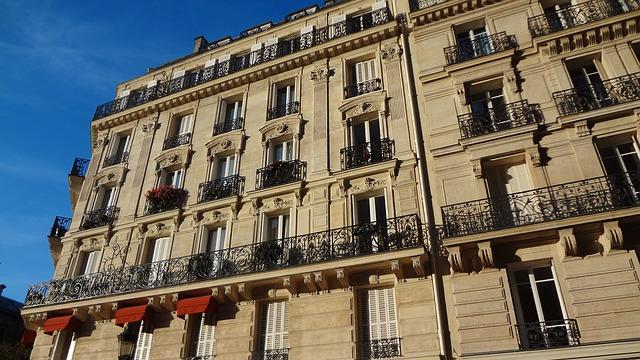 façade d'un immeuble de paris